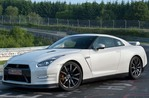 NISSAN GT-R