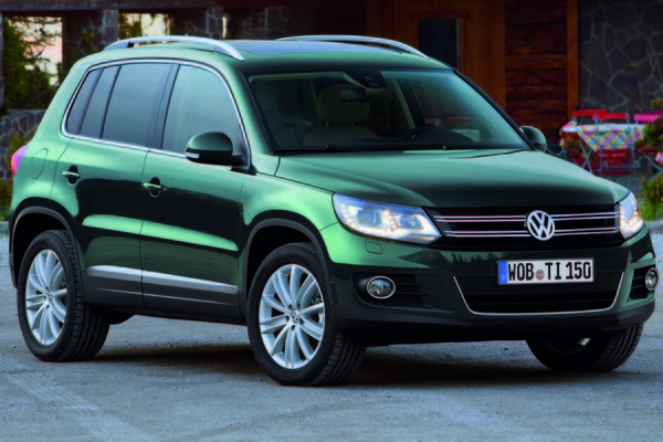 comprar volkswagen tiguan 2011 t1 2 0 tdi bluemotion technology 4x2 110cv. Black Bedroom Furniture Sets. Home Design Ideas